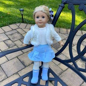 American Girl Doll, Blonde Hair, Blue Eyes